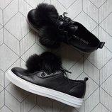 Черные кожаные кеды с помпонами бренд Dirty Laundry р. 38