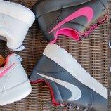 -60% женские и мужские кроссовки красовки NIKE белые черные синие найк