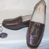 Поделиться Шикарные туфли натуральный лак цвета капучино - 37 размер
