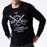 Черный мужской свитшот De Facto с белой надписью на груди