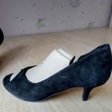 Элегантные женские замшевые туфли, NAF NAF, р.37.