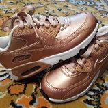 Крутые новые кроссовки от Nike, размер 30