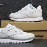Кроссовки женские Reebok white кожа