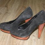 Черные замшевые туфли Prego