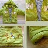 Теплая куртка с капюшоном и аппликацией, р.104-116