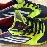 Бутсы копочки фирменные Adidas messi F30 р.36-22.5см