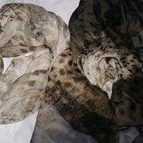Стильный шелковый шарф от бренда Trussardi.Оригинал