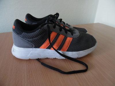 82e4d2ff кросовки детские легкие 22 см 34 рр Adidas Адидас легкие пенка оригинал  фирменные