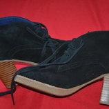 фирменные замшевые ботиночки Cap