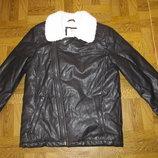 Куртка кожаная на мальчика р-140 Zara