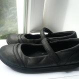 Кожаные туфли Кожаные туфли Clarks европ. 12 1 2 разм.,