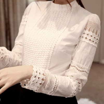 яркая блуза c кружевом