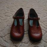 Продам стильные туфли для девочки р. 30 по стельке 20 см
