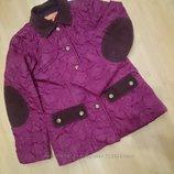 легкая демисезонная стеганная куртка на 5-6 лет