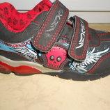 Стильные кроссовки. 26 размер, uk8., стелька 17 см, рокерские, Англия