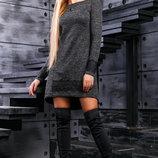 Очаровательное Платье полуприлегающего силуэта слегка расширенное к низу 42-48р