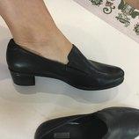 Фирменные новые туфли ecco 39,40 р на ногу средней полноты