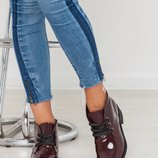 Стильные ботиночки на низком ходу. Натуральная лаковая кожа.