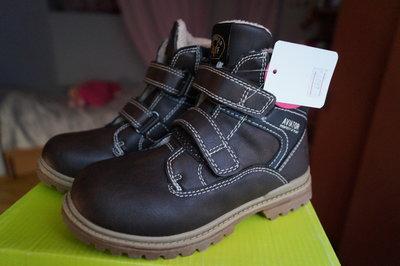 Ботинки для мальчика демисезонные, коричневые, новые р. 29, 31, 33