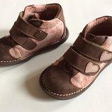 Демисезонные кожаные ботинки 25 р 15 см стелька