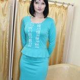 Молодежное платье с баской бирюза, размер 44 распродажа