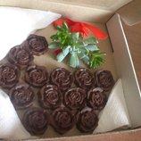 Шоколадна корзинка - цукерки handmade із подарунком