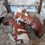 Крутые высокие ботинки на шнуровке