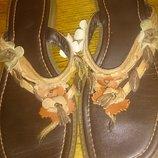 стильні коричневі вєтнамки р38,5 шкіра Clarks