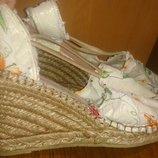 стильні білі босоніжки аплікація р39 Emma
