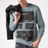 голубо-серый мужской свитшот De Facto с надписью на груди Legend
