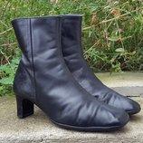Кожаные демисезонные сапоги ботинки Clarks 38, 5 р.