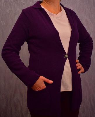 Продам теплую кофту фиолетовую