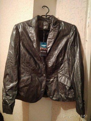 Женская кожаная куртка новая