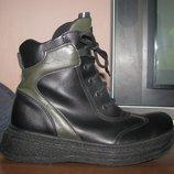 Утепленные кожаные ботинки Bata р.36-37,ст. 23,5 см. Отличное состояние