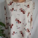 Блуза с нежным принтом Marks & Spencer