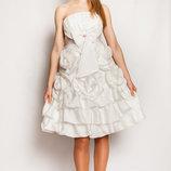 Продам вечернее платье Обьемные розы