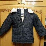 Курточка как девочке так и мальчику