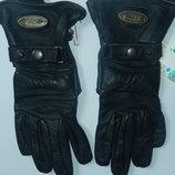 Кожаные спортивные перчатки р-р 6, подросток или маленькая взрослая рука,сток