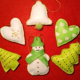 Новогодние игрушки из фетра. Игрушки на елку