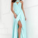 Выразительное вечернее платье