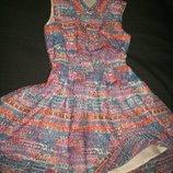 Хорошенькое платье George 7-8л