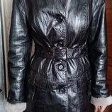 кожаная куртка на цигейке, дубленка, размер М. цена снижена