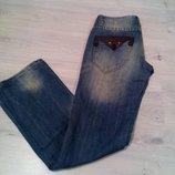Классные женские джинсы с потертостями. WE. Размер 26. 100% коттон.