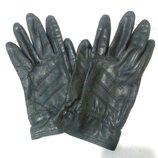 Перчатки кожанные. Цвет черный.