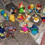 Киндеры игрушки сказочные и мульт герои