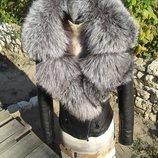 Куртка косуха с Английским воротником из натуральной кожи и натуральным мехом чернобурки