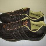 Кросівки брендові нові ADIDAS Оригінал р.39 стелька 25 см