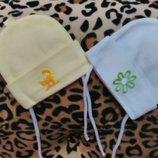 Шапочки новые для новорожденной девочки р.35-37