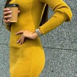 Теплые платья-гольф в рубчик, с горловиной. Цвета Разные.