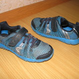 Clarks кроссовки 28-29 р по ст 19 см легкие
